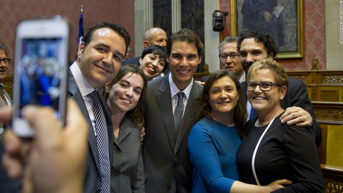 Nadal with friends during the ceremony in Palma.