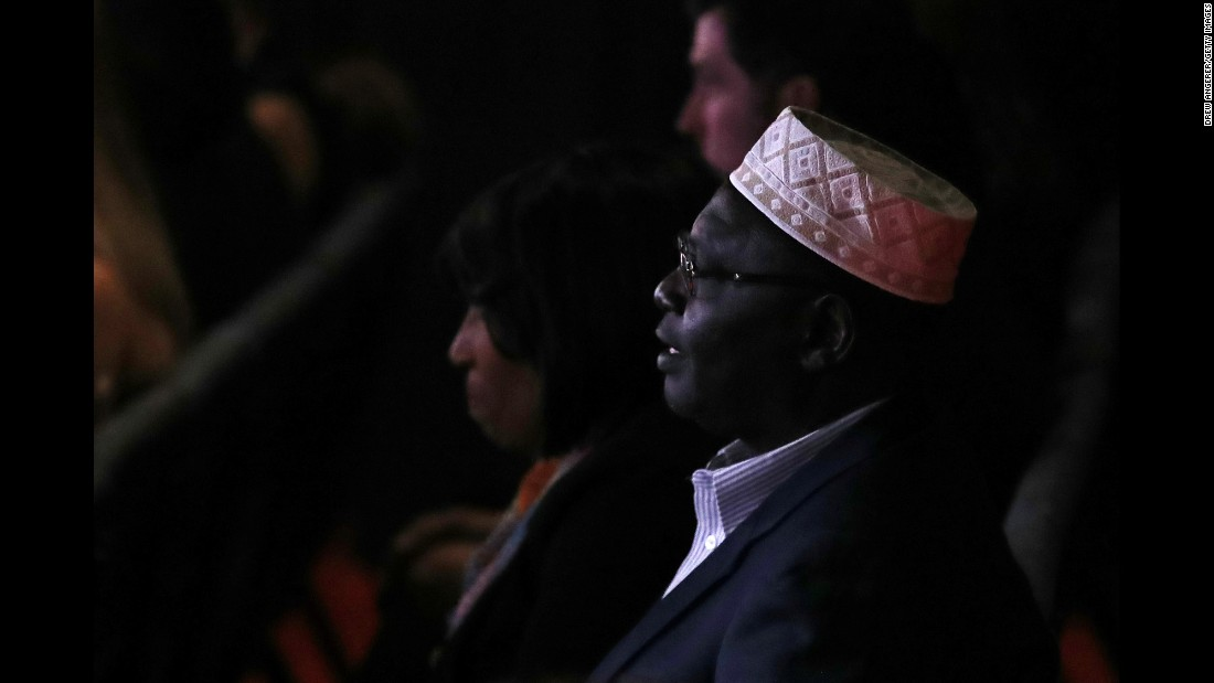 "Malik Obama, President Barack Obama's Kenyan-born half-brother, <a href=""http://www.cnn.com/2016/10/18/politics/hillary-clinton-debate-guests-mark-cuban-meg-whitman/"" target=""_blank"">was one of Trump's guests.</a> In July, Malik Obama voiced his support for the Republican."