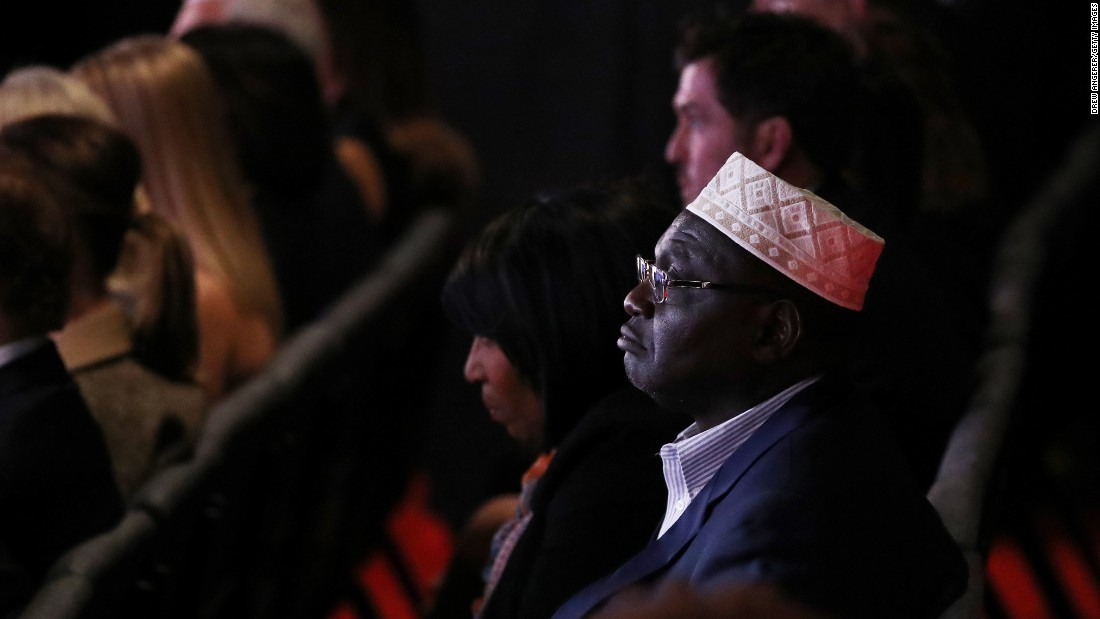 "Malik Obama, President Barack Obama's Kenyan-born half-brother, was <a href=""http://www.cnn.com/2016/10/18/politics/hillary-clinton-debate-guests-mark-cuban-meg-whitman/"" target=""_blank"">one of Donald Trump's guests </a>at the presidential debate in Las Vegas. In July, Malik Obama voiced his support for the Republican."