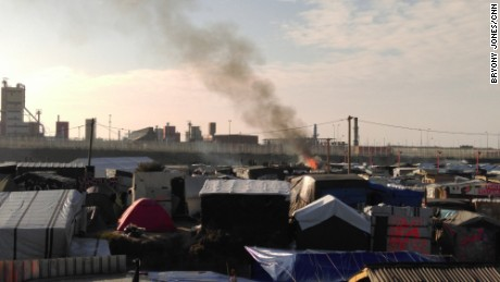 Calais migrant camp demolition begins