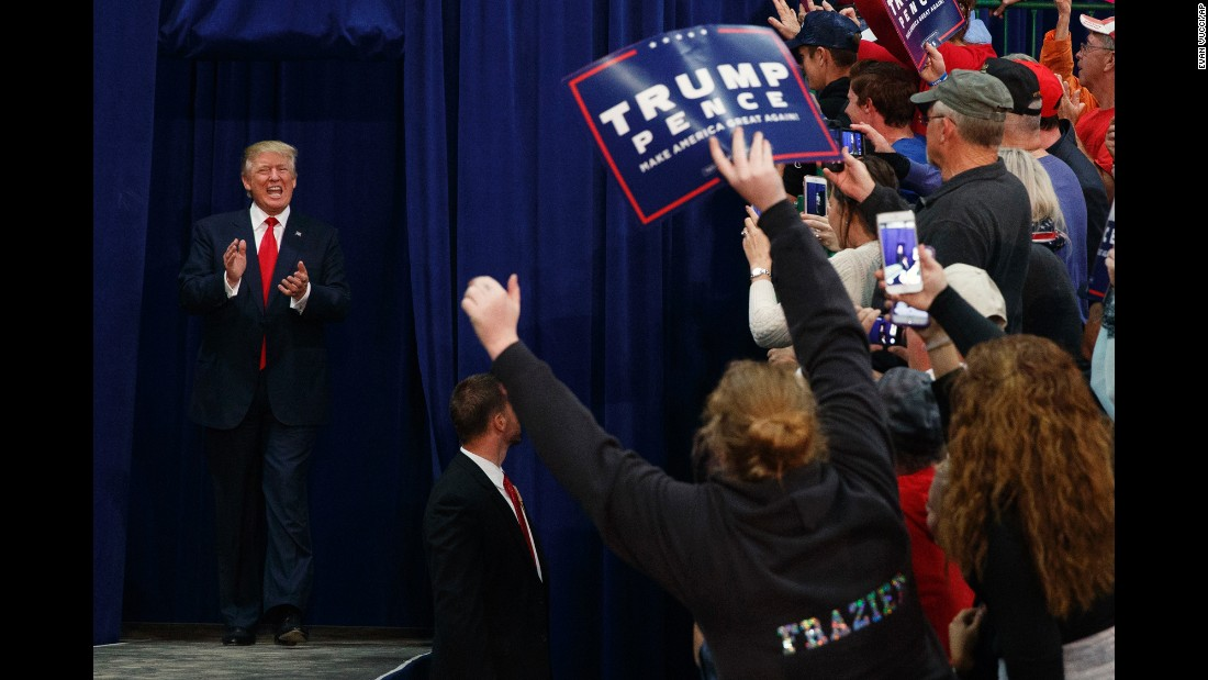 Republican presidential nominee Donald Trump arrives at a campaign rally in Springfield, Ohio, on Thursday, October 27.