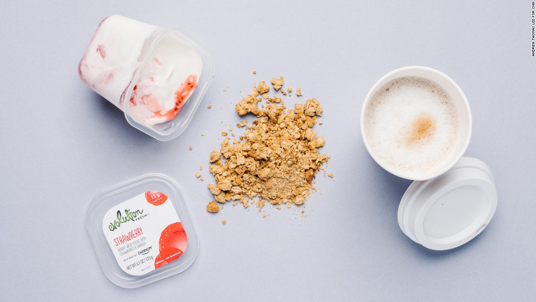 Strawberry Greek yogurt parfait is a nutritious option that does not have gluten-containing ingredients. A nonfat latte macchiato is one of several delicious gluten-free options.