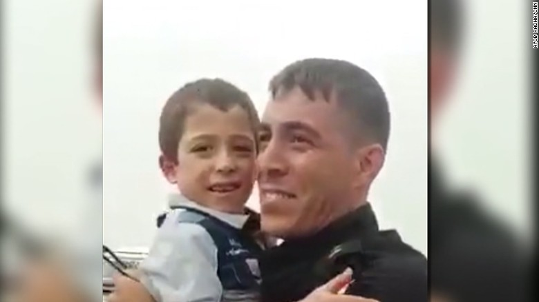 Iraqi lieutenant reunites with his family