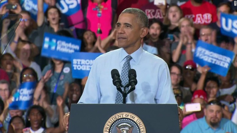 Obama talks Taco Bell and voting at campaign event