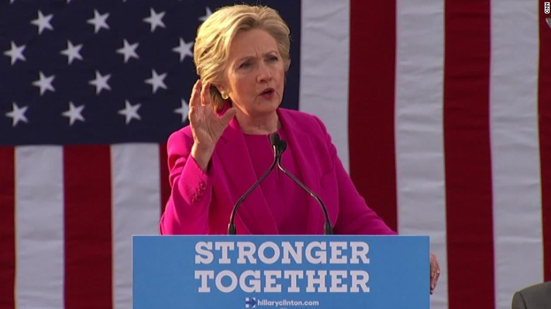 hillary clinton winterville north carolina rally dog whistle comments sot_00000514