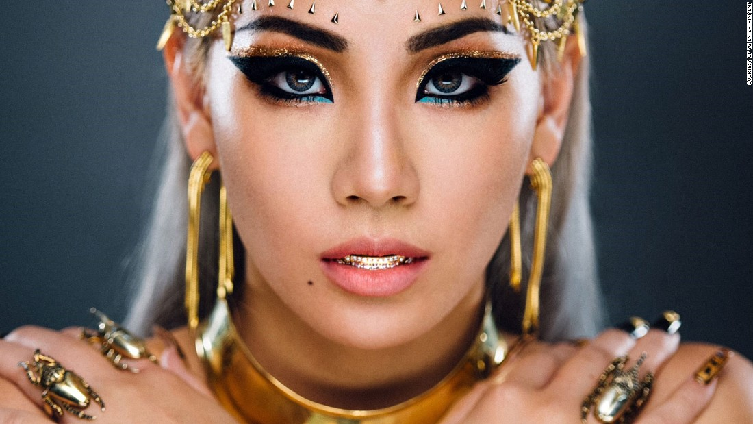 K Pop Superstar Cl Of 2ne1 On Her Fight To Break America Cnn Style