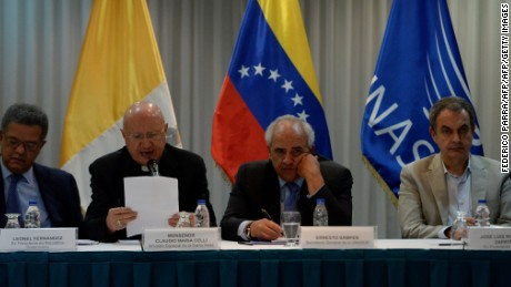 (L to R) Former Dominican Republic's President Leonel Fernandez, Vatican's pontifical council for social communications, Monsignor Claudio Maria Celli, UNASUR General Secretary Ernesto Samper and former President of the Spanish government Jose Luis Rodriguez Zapatero are seen during a meeting between Venezuela's government and opposition leaders for Vatican-backed talks, in a bid to settle the country's deepening political crisis, in Caracas on November 11, 2016. / AFP / FEDERICO PARRA        (Photo credit should read FEDERICO PARRA/AFP/Getty Images)