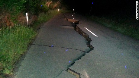 A large fissure formed on Kaikoura Road north of Christchurch.