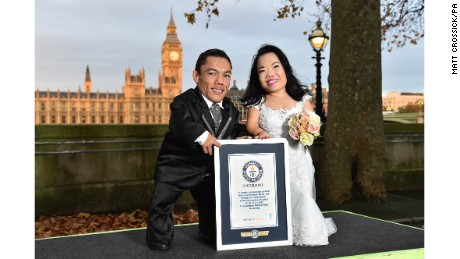 They traveled to the GWR headquarters in London to grab their certificate and celebrate their honeymoon.