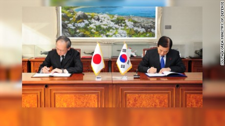 japan skorea sign pact hancocks lkl_00000607