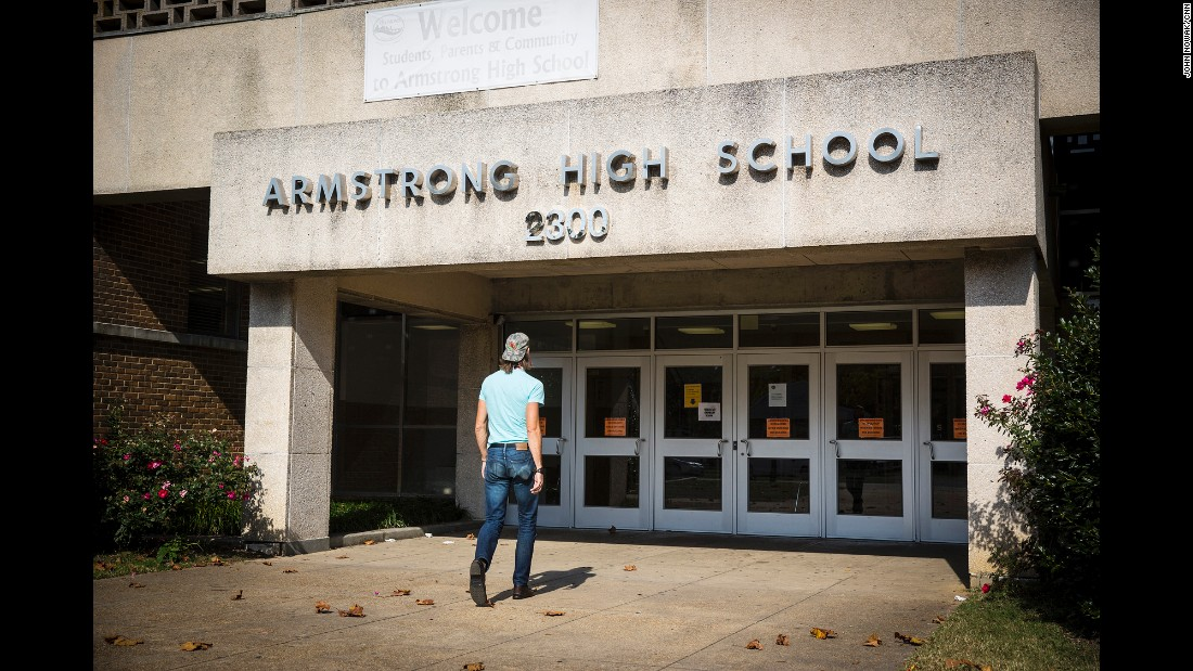 Dodson enters Armstrong High School, where he makes frequent stops to check on students and make sure they are attending classes and staying out of trouble.