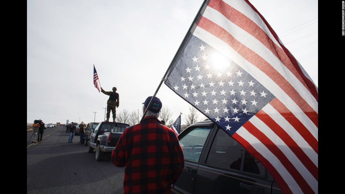 "<strong>February 11:</strong> People show their support for those occupying the headquarters of the Malheur Wildlife Refuge. The federal building in Oregon <a href=""http://www.cnn.com/2016/02/11/us/oregon-standoff/"" target=""_blank"">was occupied by armed protesters for 41 days</a> until the last remaining ones surrendered to authorities."