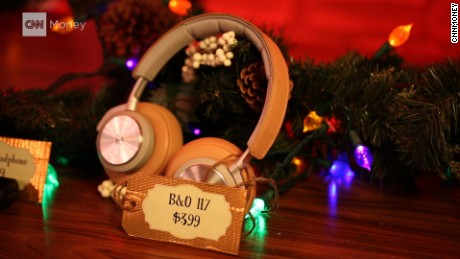 CNNtech's 2016 Holiday Gift Guide - wireless headphones