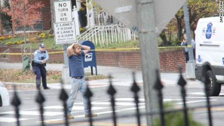 How did 'pizzagate' inspire violence?