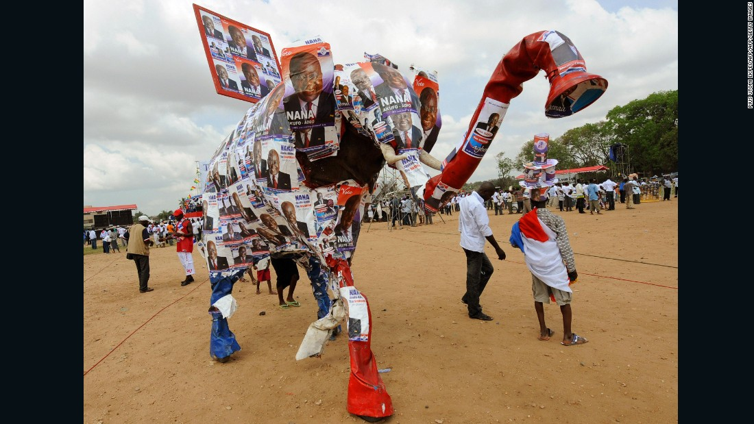 A dummy elephant decorated with banners of the presidential candidate of the ruling New Patriotic Party (NPP), during the final rally held by their presidential candidate Nana Akufo-Addo, in Accra on December 5, 2008.
