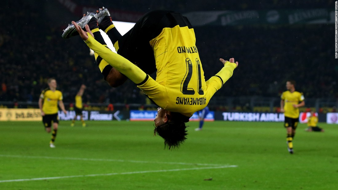Aubameyang's athleticism has made him one of the world's most feared players on the pitch ... but it's also comes in handy celebrating goals. When he's not pulling on masks, he's performing acrobatic somersaults.