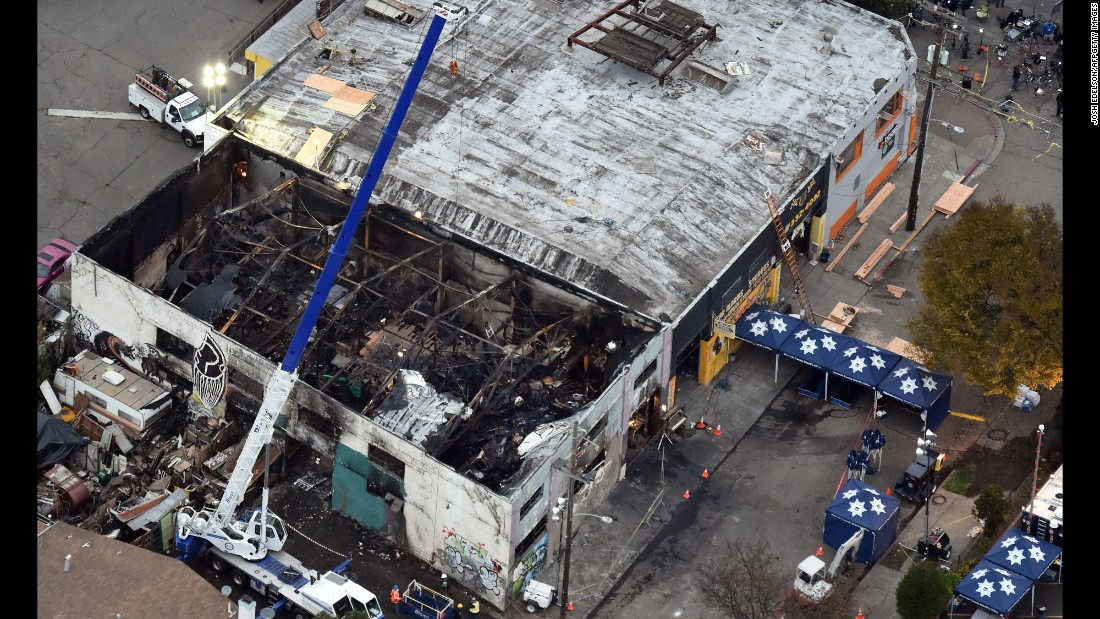 "<strong>December 5: </strong>The remains of the Ghost Ship warehouse are seen in Oakland, California. A fire that <a href=""http://www.cnn.com/2016/12/05/us/oakland-fire-victims/index.html"" target=""_blank"">killed 36 people</a> ravaged the warehouse during a dance party on December 2. The cause of the fire is still under investigation, authorities said. <a href=""http://www.cnn.com/2015/12/03/world/gallery/year-in-pictures-2015/index.html"" target=""_blank"">See 2015: The year in pictures</a>"