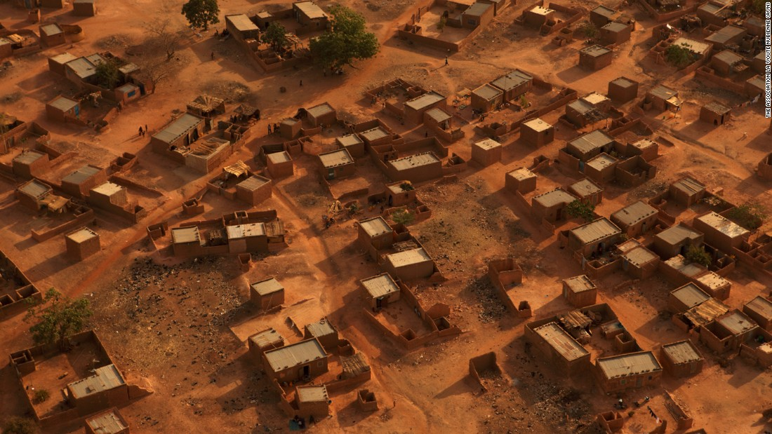 Deforestation and climate change has drastically reduced the supply of wood and straw in the Sahel region of Sub-Saharan Africa.<br /><br />Among the damaging effects of this is a shortage of material to build and maintain homes, and millions now suffer in sub-standard housing.