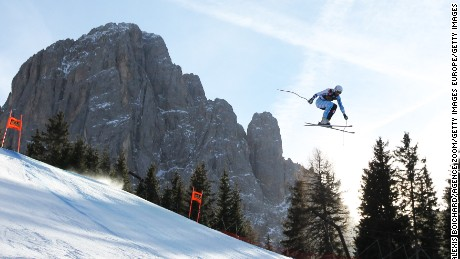 The race where skiers fly