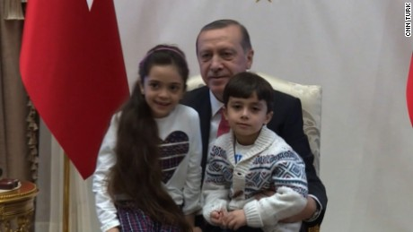 7-year-old evacuee meets Turkey's president