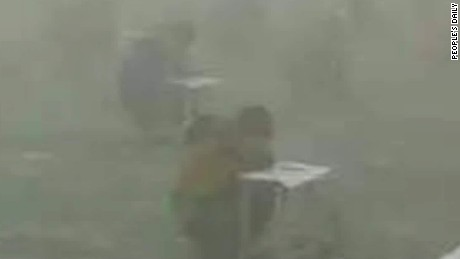 china students take test surrounded by smog walker sater_00000811.jpg
