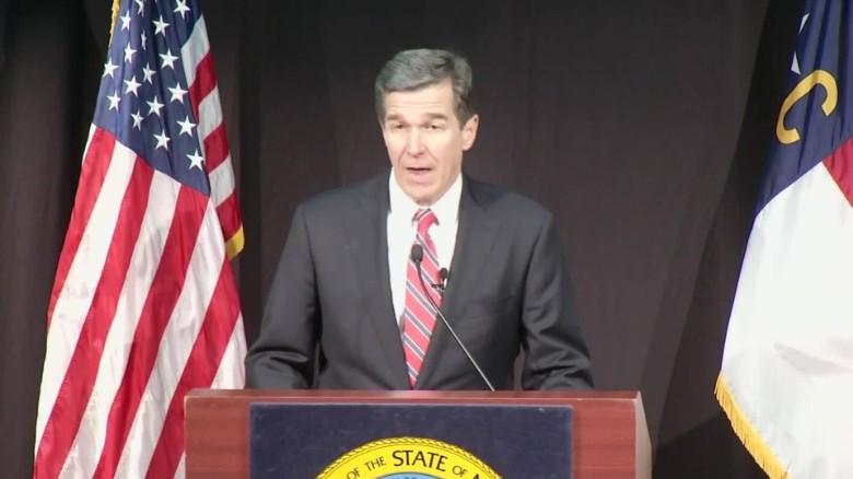 North Carolina 39 Bathroom Bill 39 Still Law As Repeal Fails Cnnpolitics
