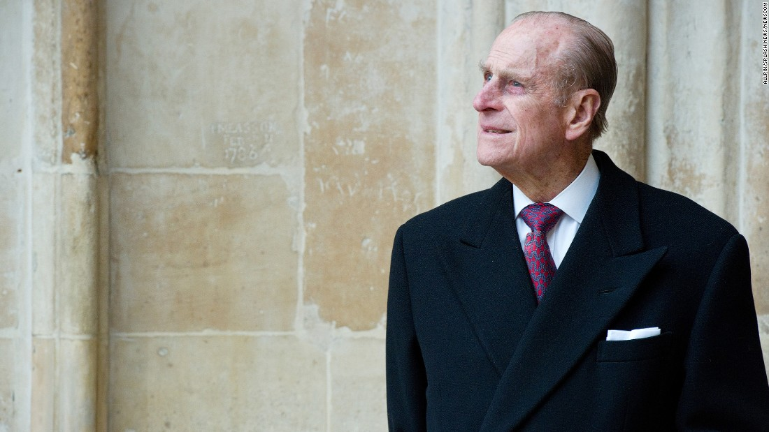 菲利普亲王, the Duke of Edinburgh, attends a Commonwealth Day observance in London in 2011.