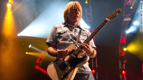 Status Quo In Concert At The O2 Arena, London, Britain - 19 Dec 2014, Rick Parfitt - Status Quo (Photo by Brian Rasic/Getty Images)