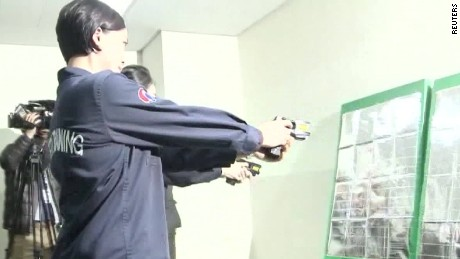 korean air tasers saima mohsin_00001230.jpg