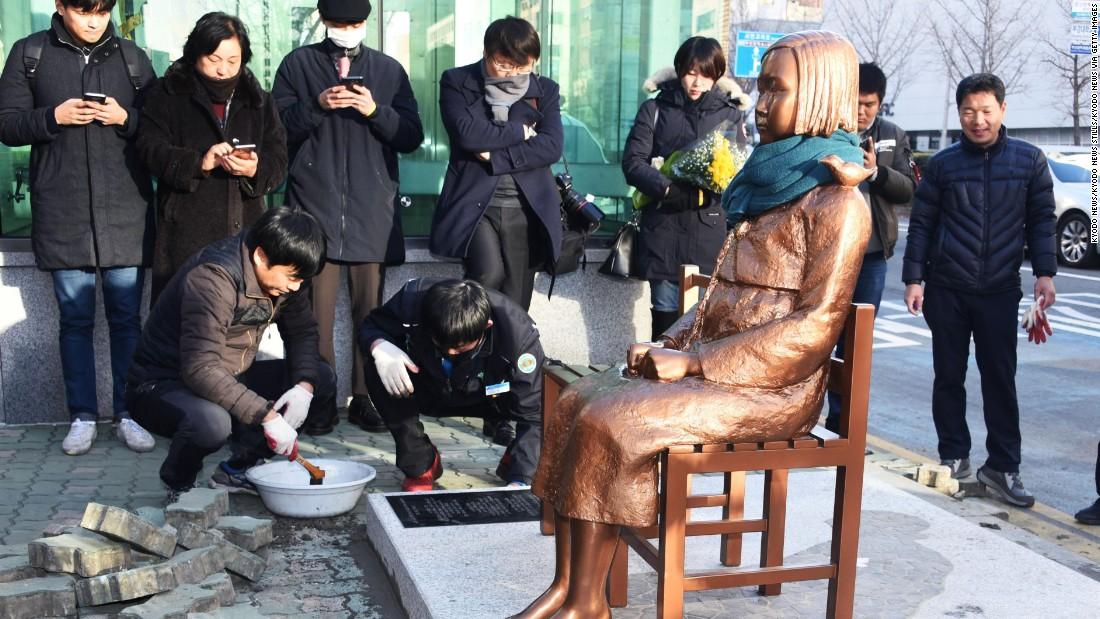Japan recalls diplomats from South Korea over 'comfort woman' statue