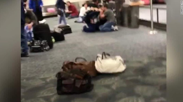 ft lauderdale airport shooting video inside terminal_00002422