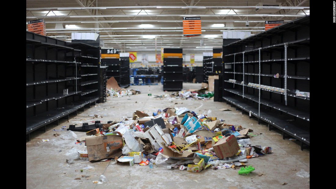 "Supermarket shelves are empty in Veracruz, Mexico, after it was looted on Saturday, January 7. A hefty government gas-price increase <a href=""http://www.cnn.com/2017/01/05/americas/mexico-protests-gas-price-hikes/"" target=""_blank"">has fueled looting, protests and road blockades</a> in Mexico. Authorities arrested more than 250 people for robbery and acts of vandalism around the country last week, officials said."