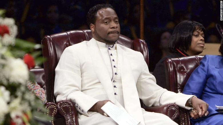 Megachurch pastor Bishop Eddie Long dies