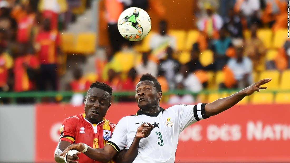 Ghana's forward Gyan (R) will be looking to score his 50th international goal and reach 100 caps at AFCON 2017.