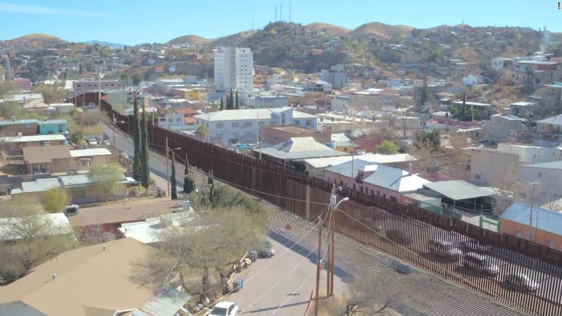 What the USMexico border really looks like CNN Video