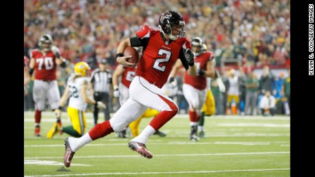 ATLANTA, GA - JANUARY 22:  Matt Ryan #2 of the Atlanta Falcons runs for a 14 yard touchdown in the second quarter against the Green Bay Packers in the NFC Championship Game at the Georgia Dome on January 22, 2017 in Atlanta, Georgia.  (Photo by Kevin C. Cox/Getty Images)