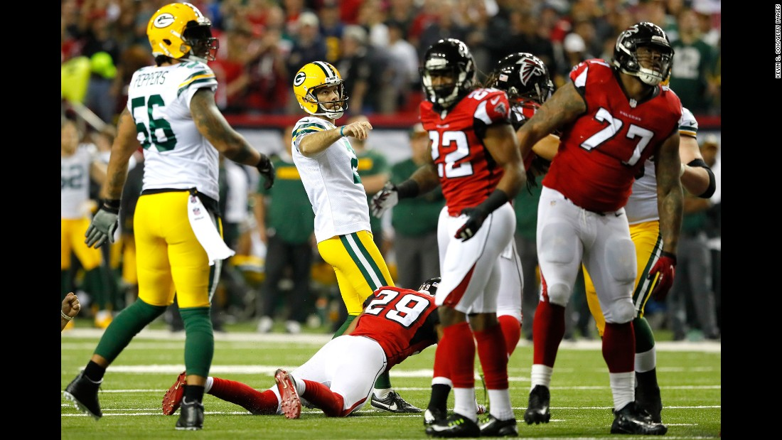 Packers kicker Mason Crosby misses a 41-yard field goal in the first quarter.