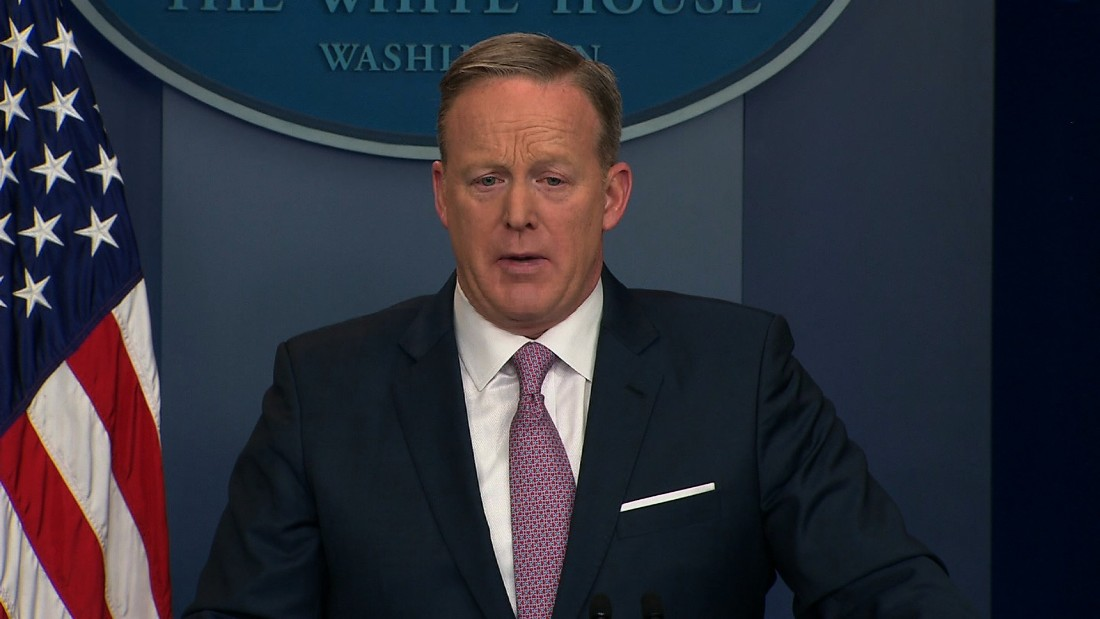Spicer holds rapid-fire first press briefing