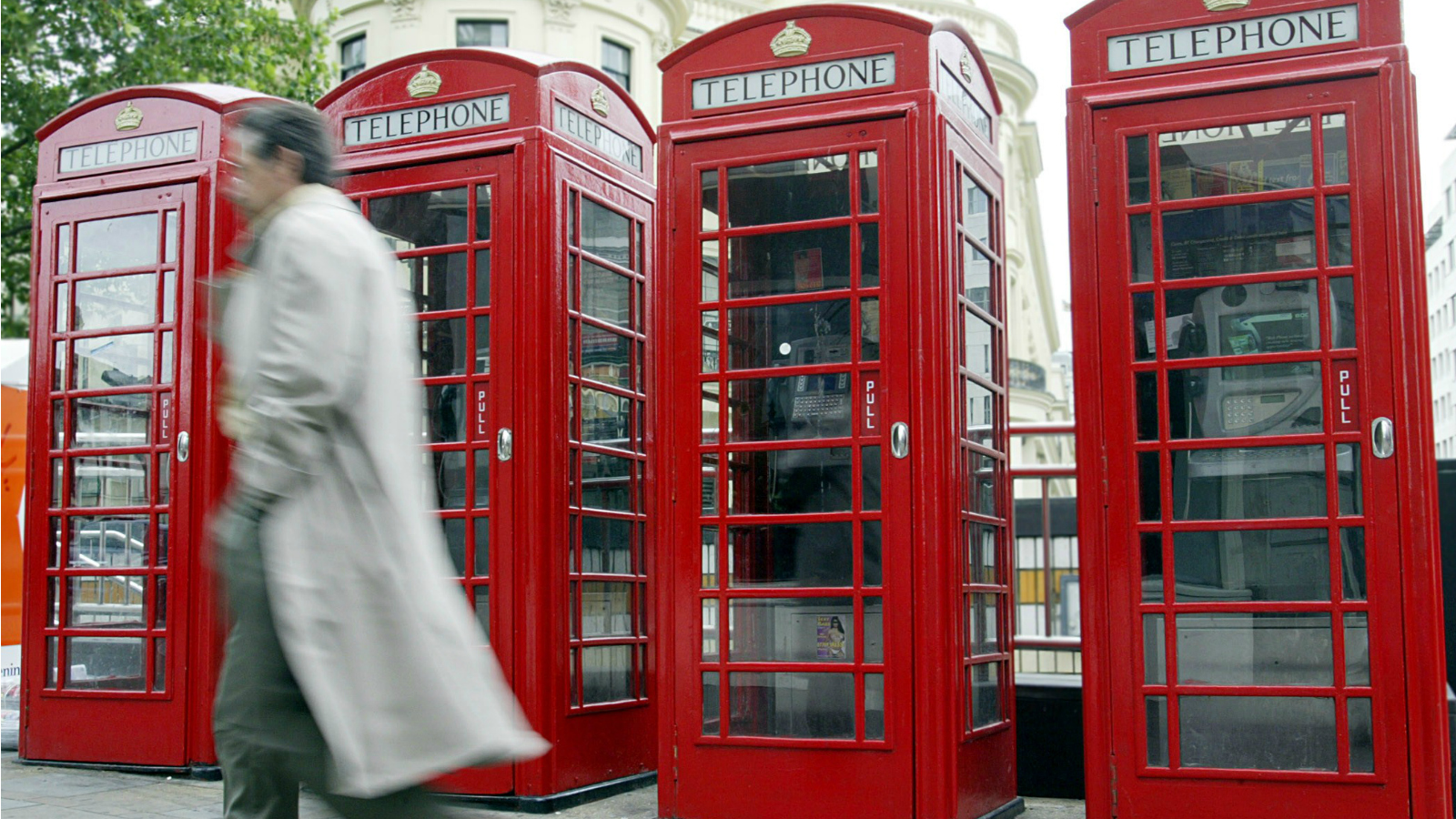 Britain's classic red telephone boxes get a new life   CNN