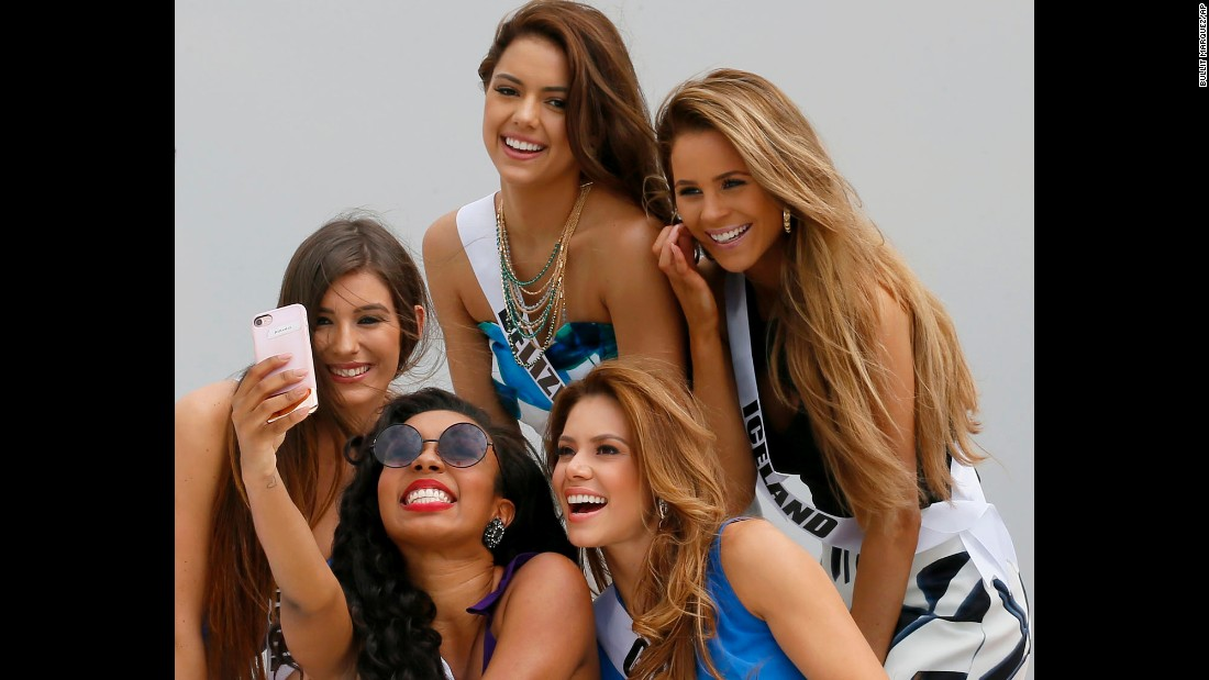 "Miss Universe contestants take a selfie aboard a yacht before heading to a beach resort in the Philippines on Thursday, January 19. From left are Flavia Brito (Portugal), Cherell Williamson (Bahamas), Rebecca Rath (Belize), Carolina Duran (Costa Rica) and Hildur Maria (Iceland). <a href=""http://www.cnn.com/2016/12/27/entertainment/gallery/look-at-me-selfies-december/index.html"" target=""_blank"">15 must-see selfies from December</a>"