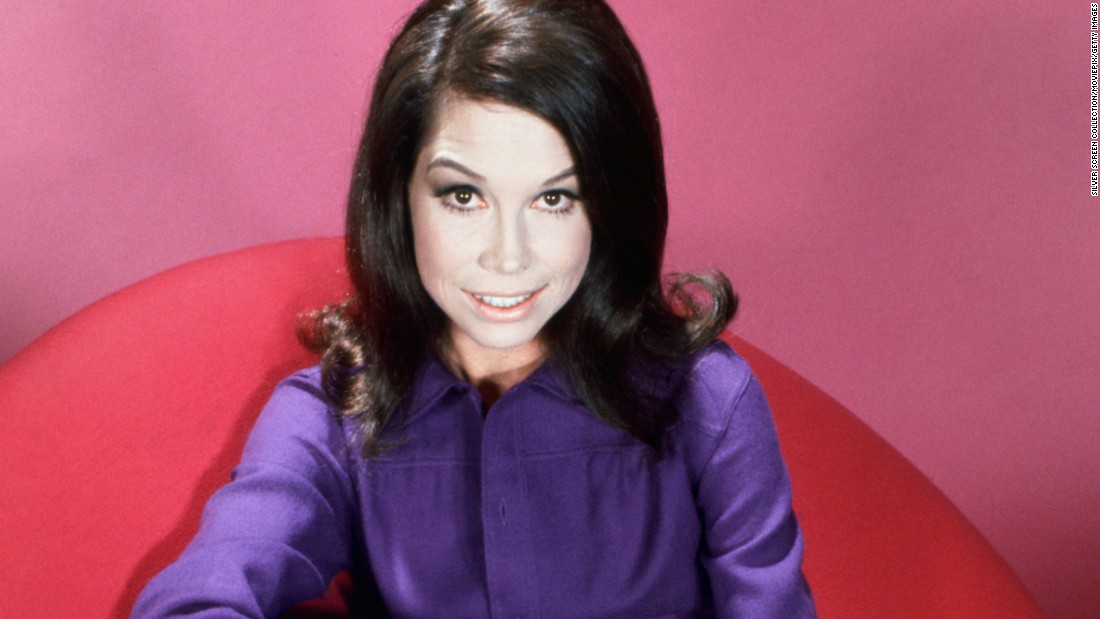 "Actress <a href=""http://www.cnn.com/2017/01/25/entertainment/mary-tyler-moore-death/index.html"" target=""_blank"">Mary Tyler Moore</a>, whose eponymous 1970s series helped usher in a new era for women on television, died January 25, according to her longtime representative Mara Buxbaum. She was 80."