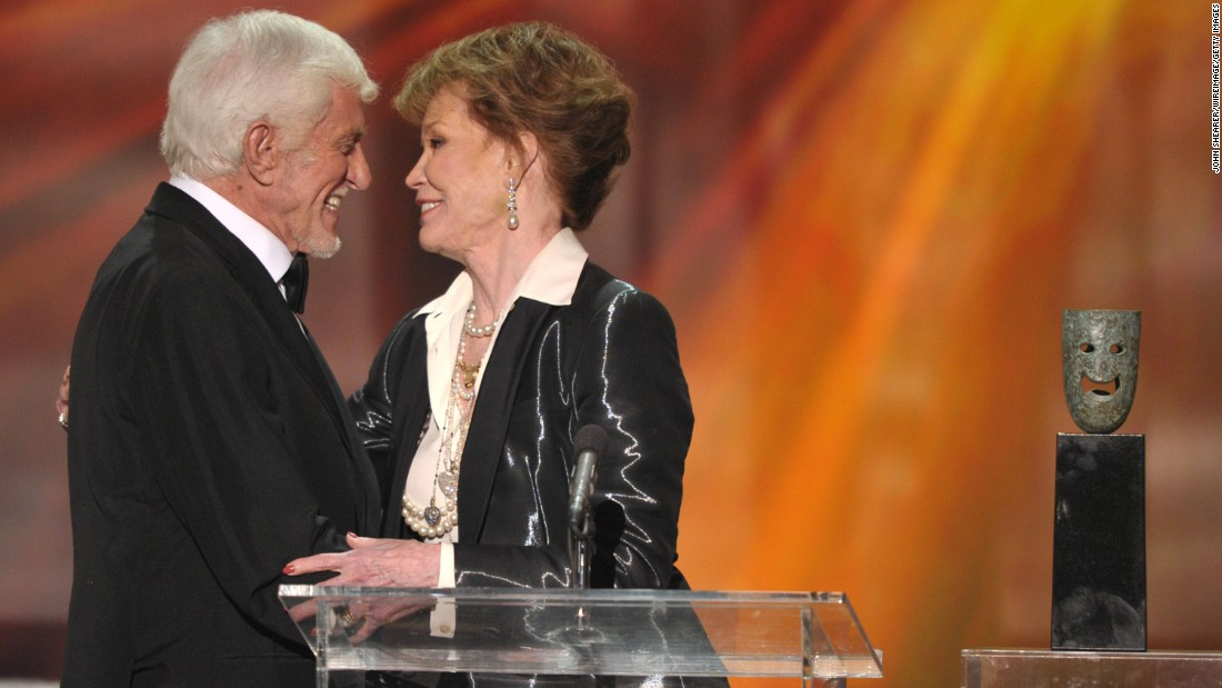 Moore and Van Dyke share a moment on stage at the 2012 Screen Actors Guild Awards.