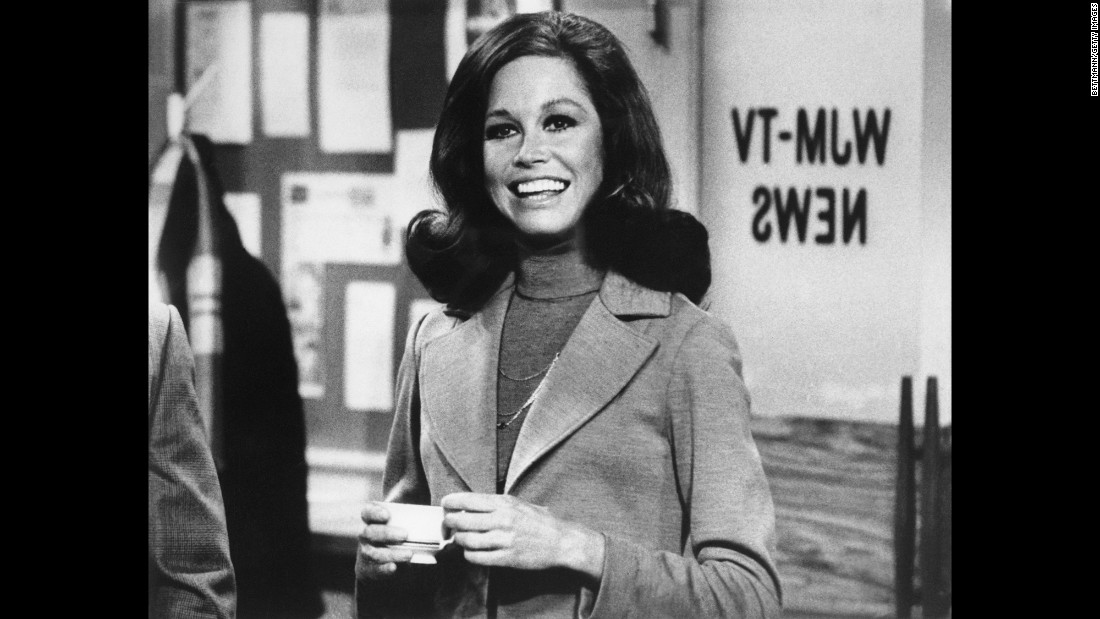 "Actress Mary Tyler Moore, whose 1970s TV show helped usher in a new era for women on television, <a href=""http://www.cnn.com/2017/01/25/entertainment/mary-tyler-moore-death/"" target=""_blank"">died Wednesday, January 25,</a> her longtime representative Mara Buxbaum said. Moore was 80 years old. ""The Mary Tyler Moore Show"" debuted in 1970 and starred the actress as Mary Richards, a single career woman at a Minneapolis TV station. The series was hailed as the first modern woman's sitcom."