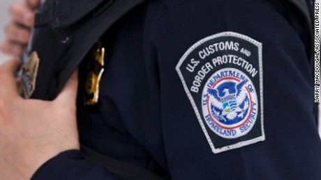 Trump admin looks at ways to hire more border agents