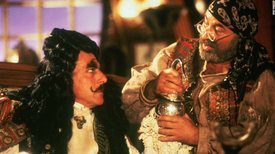 "<strong>""Hook""</strong> : Dustin Hoffman is Captain Hook in this 1991 fantasy adventure, which also starred Robin Williams as Peter Pan. <strong>(Amazon Prime)</strong>"