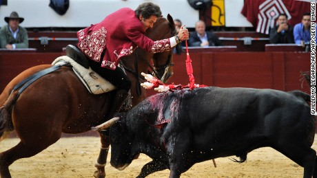 "Spanish ""rejoneador"" Pablo Hermoso de Mendoza performs during a bullfight at the Santamaria bullring in downtown Bogota, Colombia, on January 29, 2017  The historic Santamaria bullring starts the bullfighting season of ""Freedom"", which divides public opinion in Bogota and returns by order of the Constitutional Court after an absence of more than four years. / AFP / GUILLERMO LEGARIA        (Photo credit should read GUILLERMO LEGARIA/AFP/Getty Images)"