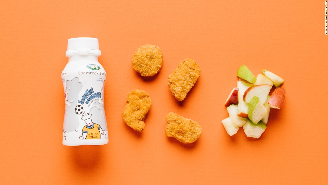 We like Wendy's four-piece white meat chicken nuggets for smaller stomachs. Skip the fries and opt for apple slices to boost fiber and vitamin C. And adding low-fat milk delivers calcium and vitamin D for growing bones.