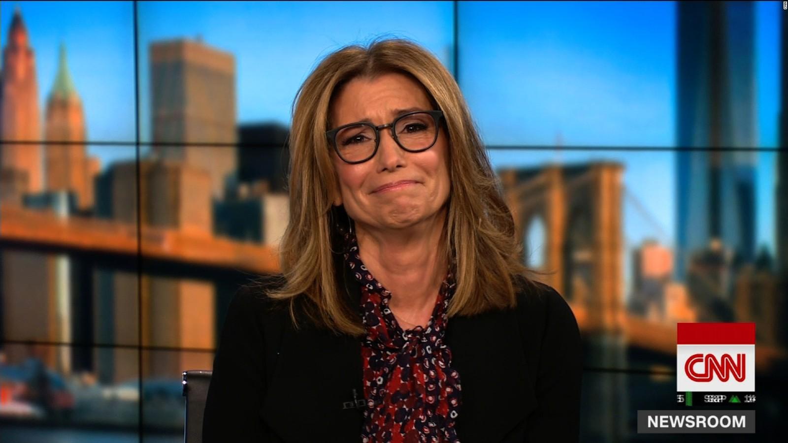 Perfect See CNN Anchoru0027s Emotional Sendoff   CNN Video Part 13
