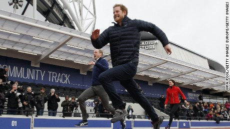 LONDON, ENGLAND - FEBRUARY 05:  Prince William, Duke of Cambridge, Catherine, Duchess of Cambridge and Prince Harry race during the Team Heads Together at a London Marathon Training Day at the Queen Elizabeth Olympic Park on February 5, 2017 in London,  England.  (Photo by Alastair Grant-Pool/Getty Images)