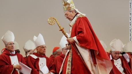 Kardinal George Pell feiert am 15 2008 im Juli die Eröffnungsmesse des Weltjugendtages (WJT) in Sydney.
